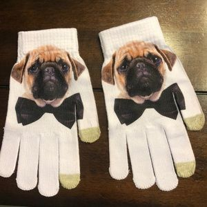 Accessories - Pug gloves! Brand new. Smart phone fingers.